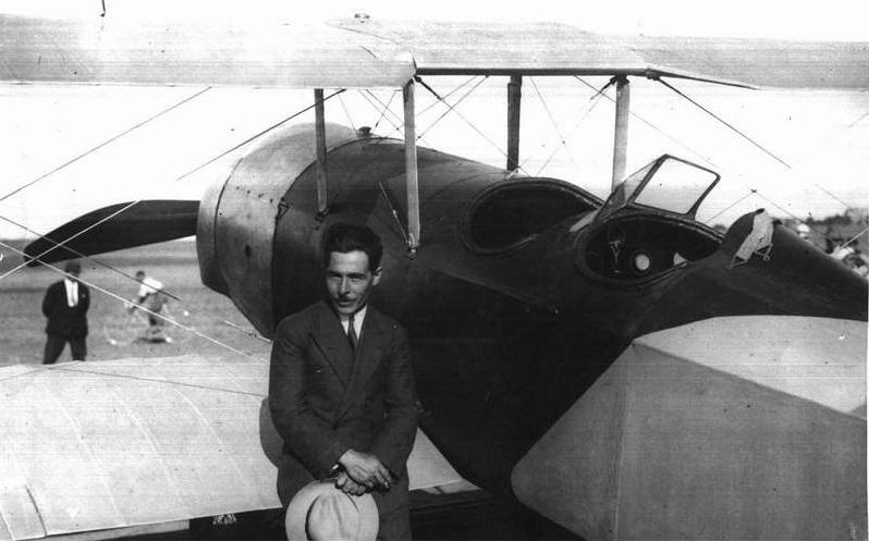 30 Eylül 1930 - İlk yerli sivil uçak Vecihi XIV