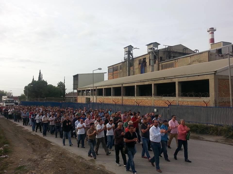 Şişecam işçileri Beykoz'da direniyor