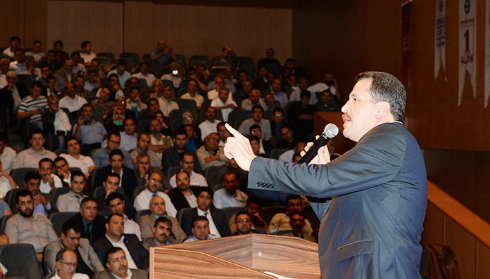 Sendika Başkanı değil sanki AKP sözcüsü