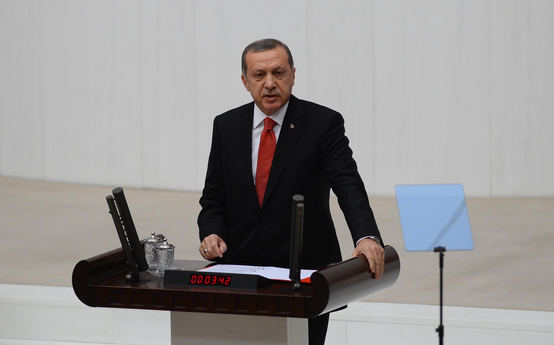Erdoğan 'yeniden' seçtireceği Meclis'i açtı