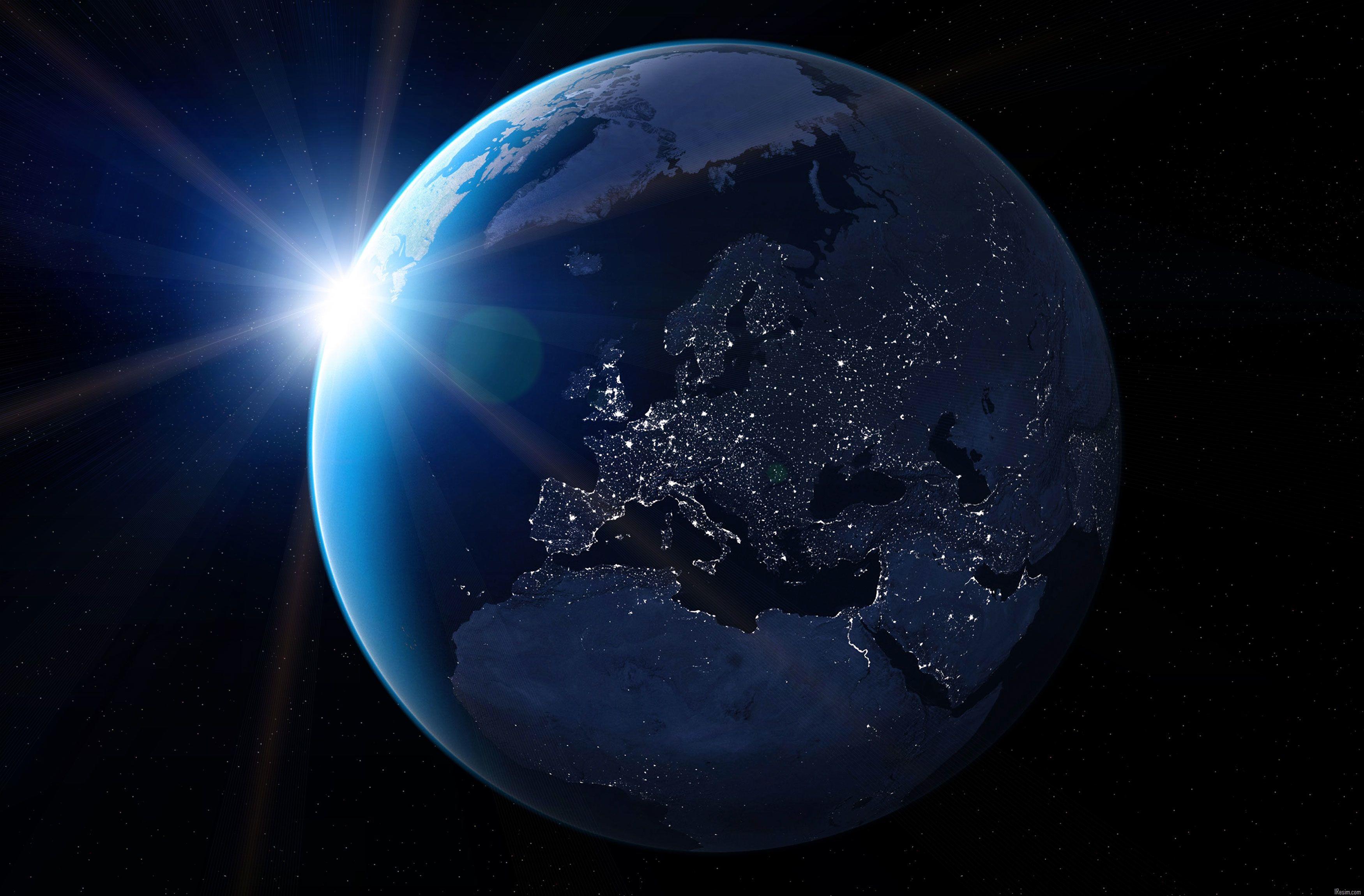 Uzay çöplüğü Dünya'ya düşecek