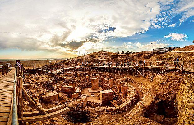 İlk üretici köy toplumları (Neolitik devrim)