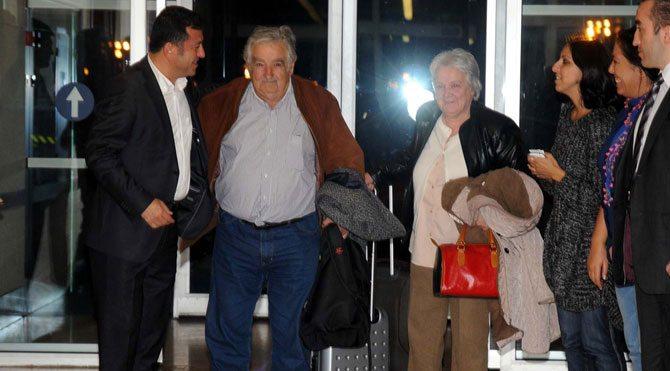 Uruguay Eski Devlet Başkanı Mujica İstanbul'da
