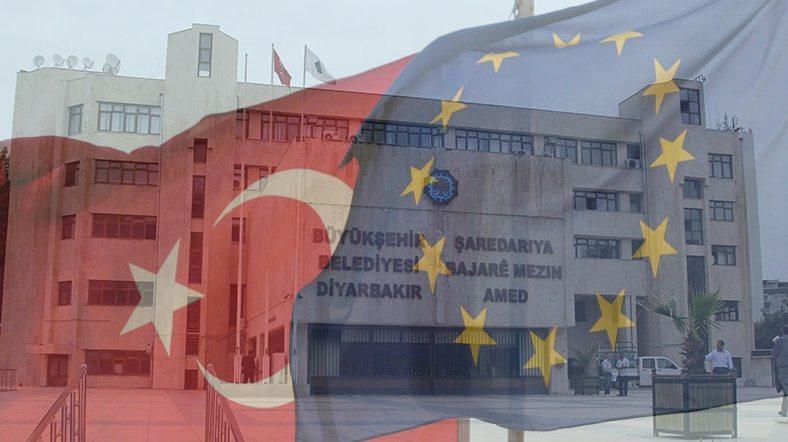 AKP'den yerelleşme açılımı: Yeni 'yetmez ama evet' mi?