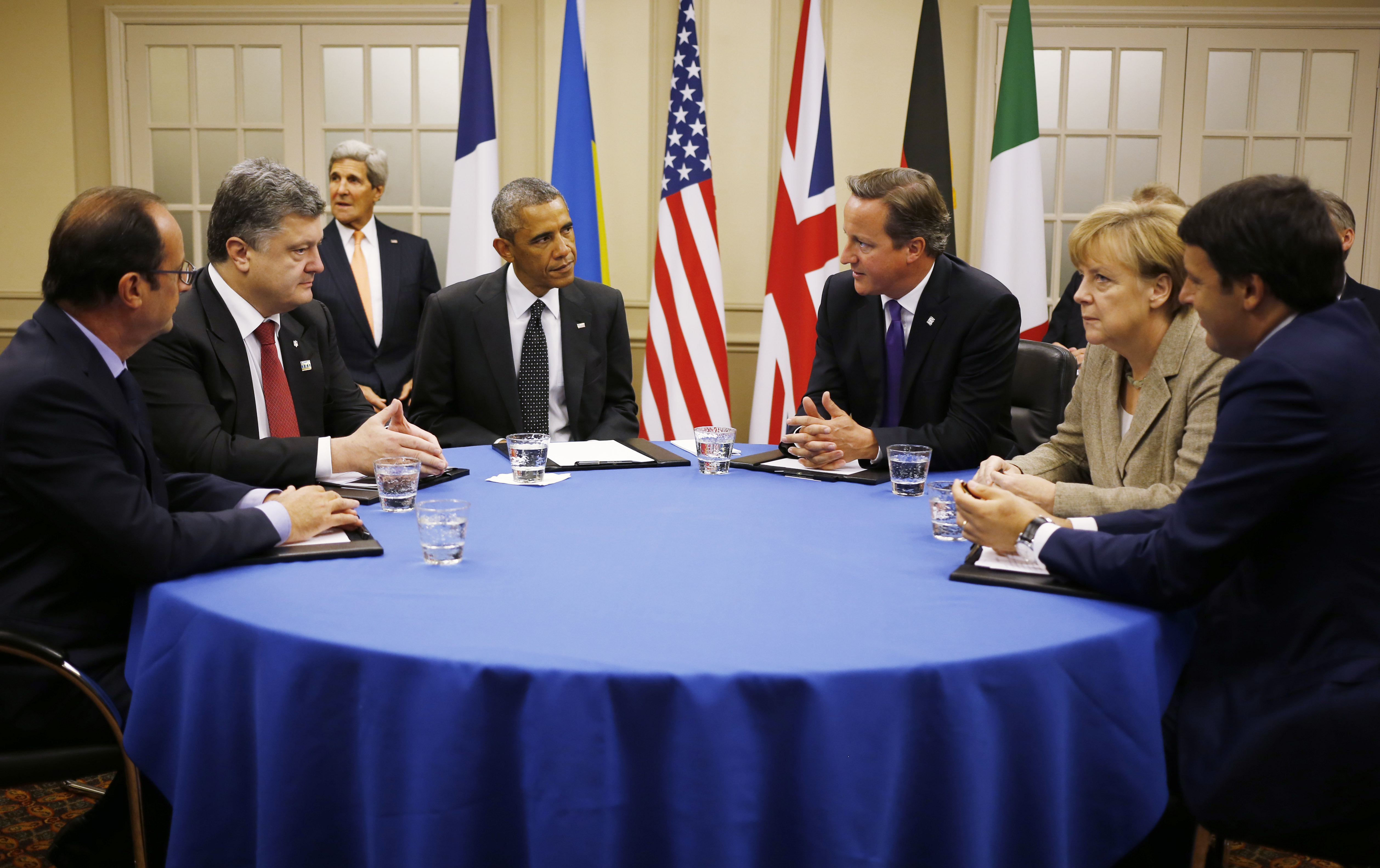 Batı: Rusya'ya basınca devam