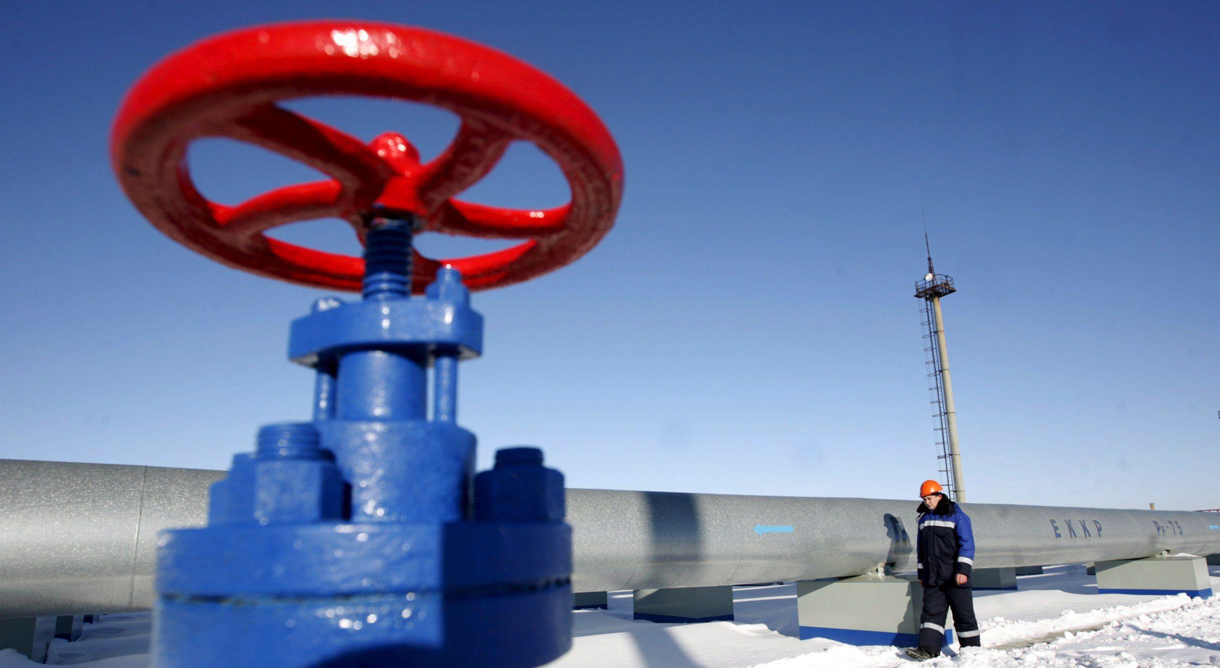 ABD, Ukrayna ordusunu eğitmeye başlarken, doğalgaz vanaları kapandı