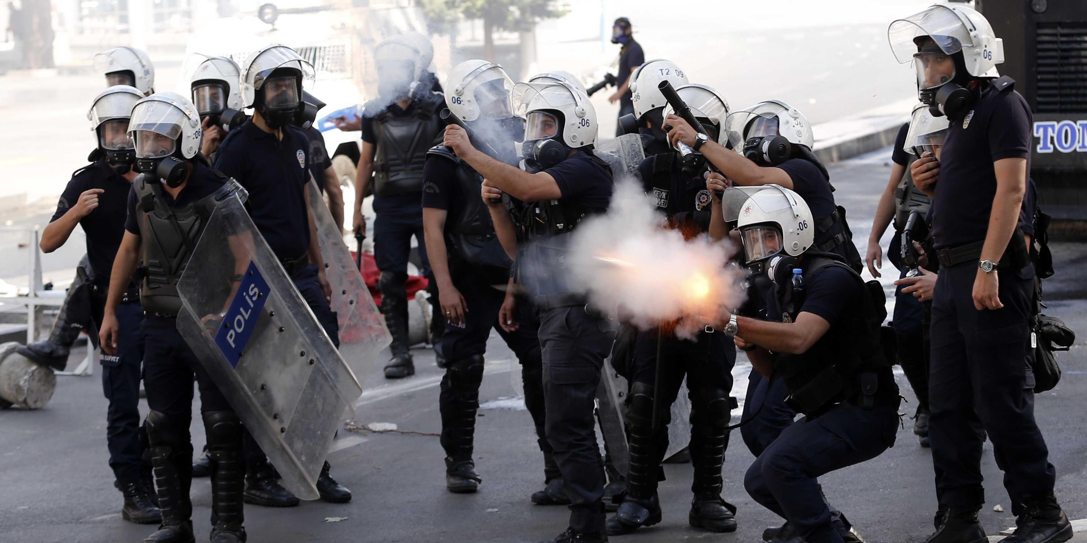 AKP'nin ilk müjdesi polislere