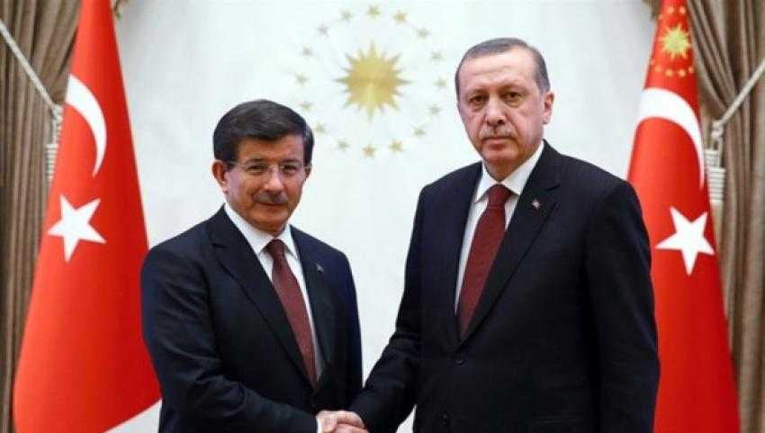 Erdoğan Davutoğlu'nu göndermeye kararlı