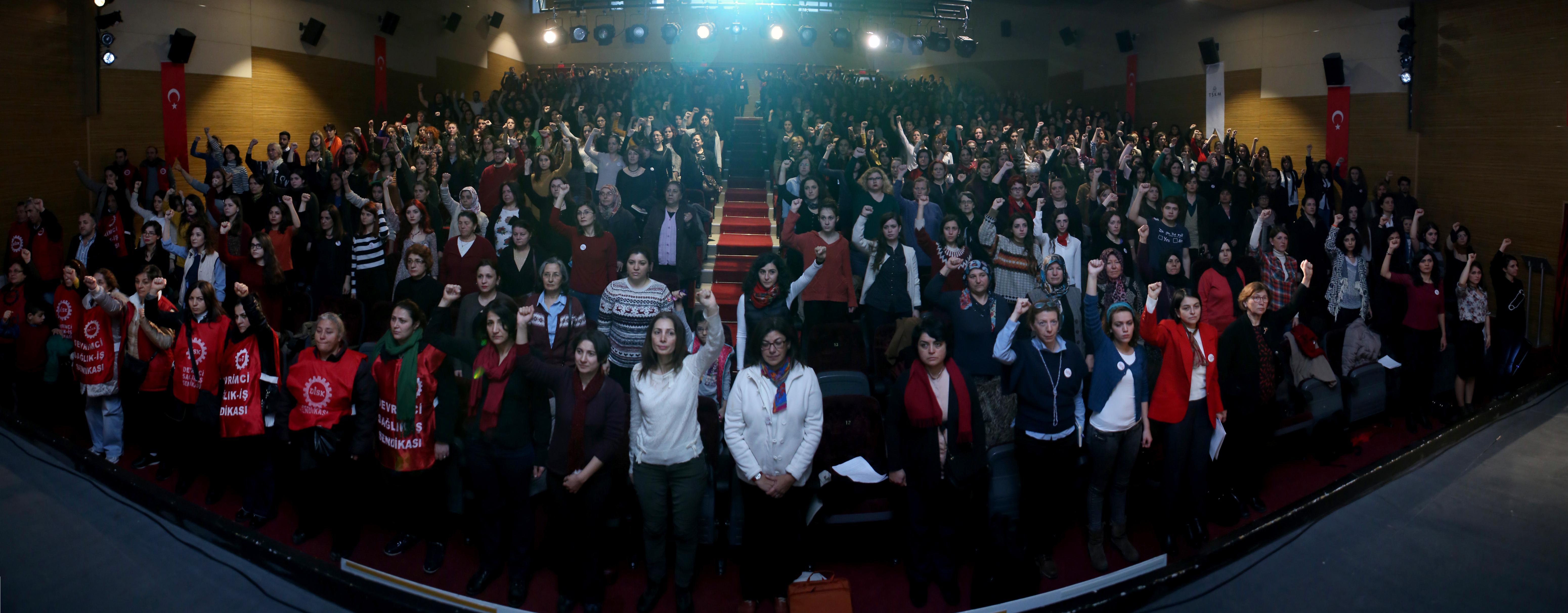 İlerici Kadınlar : İKD'yi hep beraber kuralım!