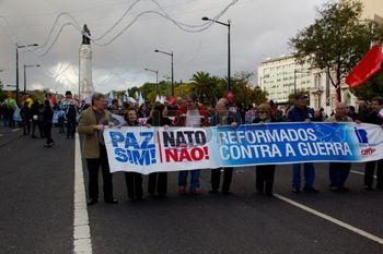 Avrupa'da NATO tatbikatına karşı eylemler sürüyor…