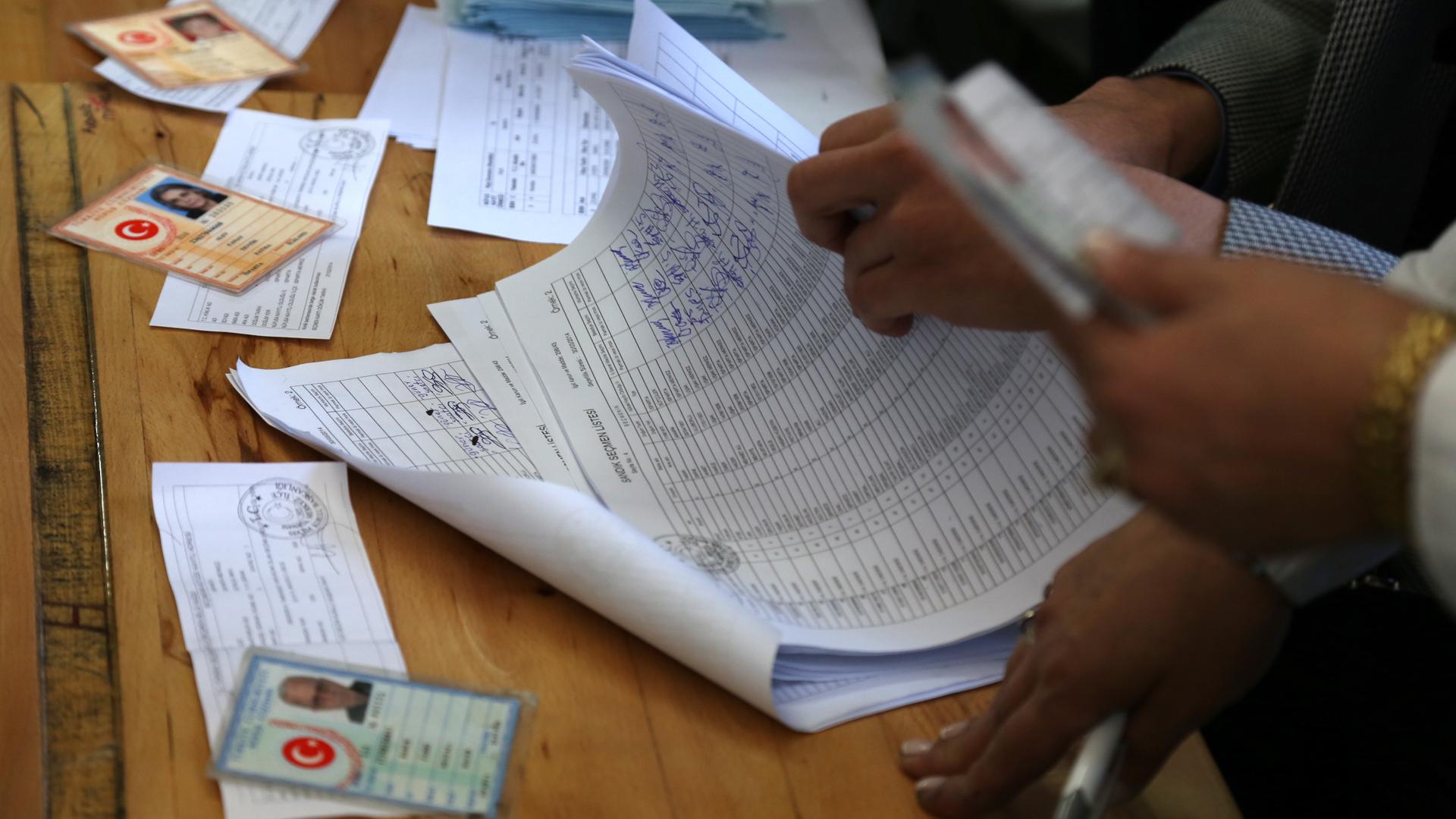 YSK HDP'nin yüzde 80 oy çıkardığı sandıkları taşıyacak