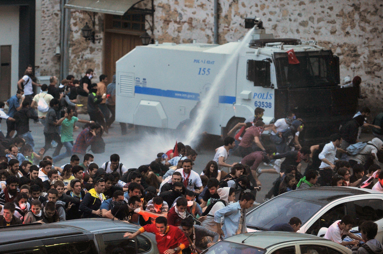 AKP TOMA'cının kârını uçurdu