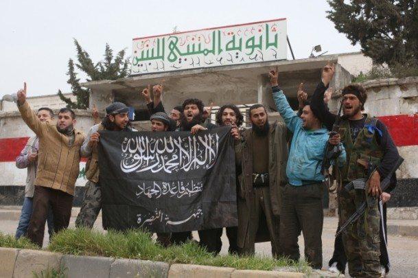 Fetih Ordusu komutanları Türkiye sınırına kaçıyor