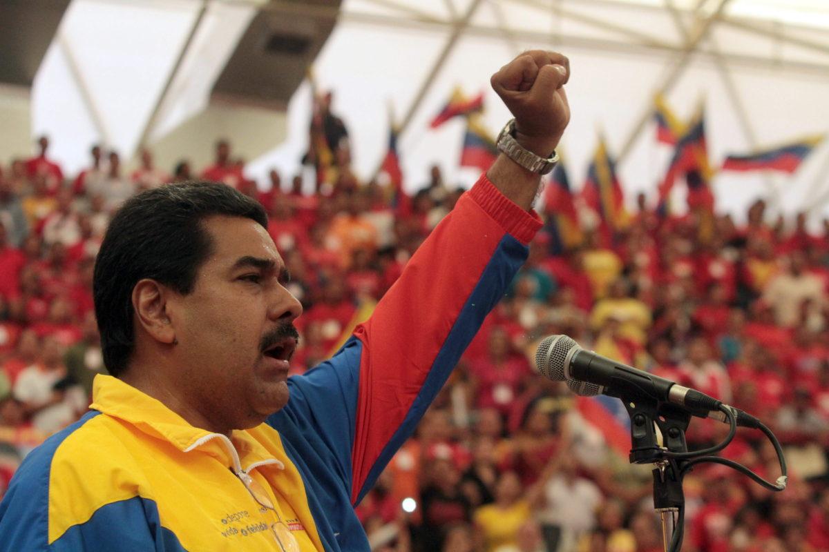Venezuela Devlet Başkanı Maduro bir kez daha tekrarladı: Devrimi kimseyevermeyeceğiz!