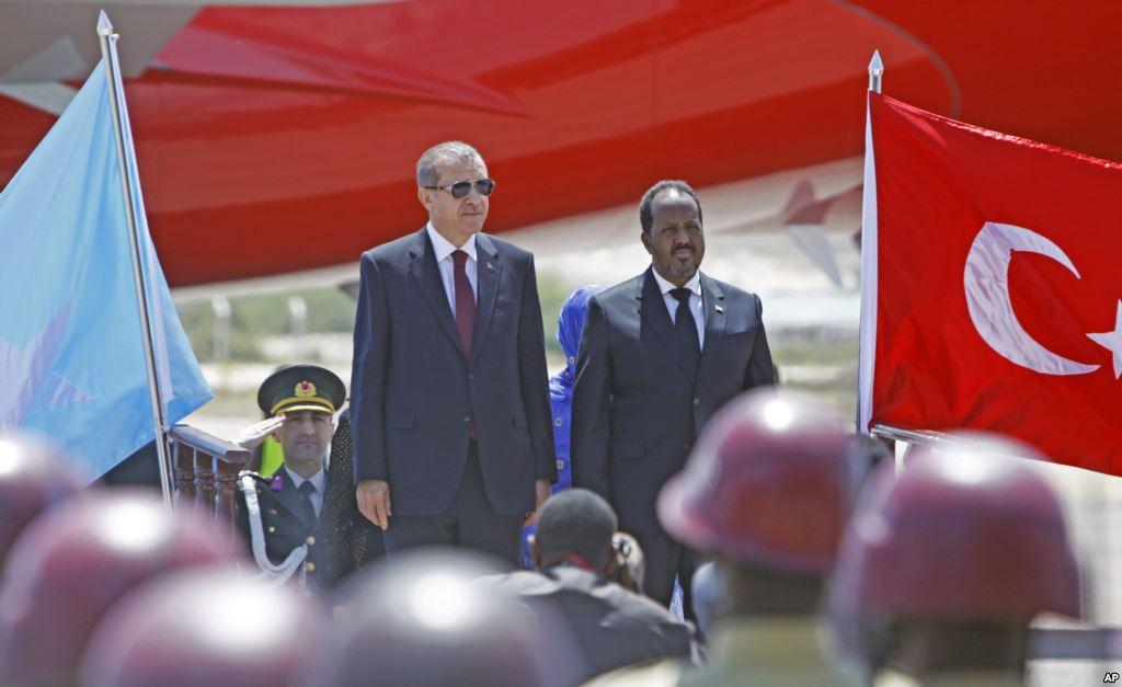 Somali'den iki Türk şirketine suçlama