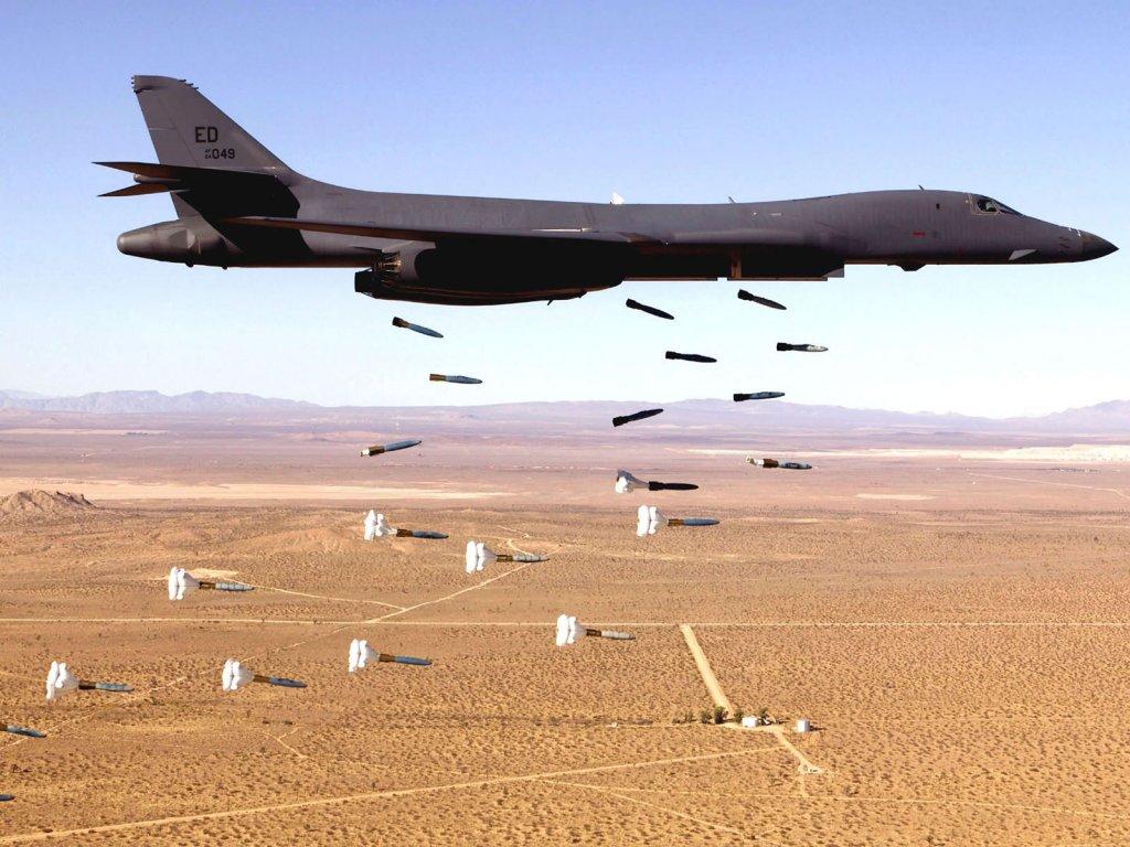 ABD Irak ordusunu vurdu : 30 ölü