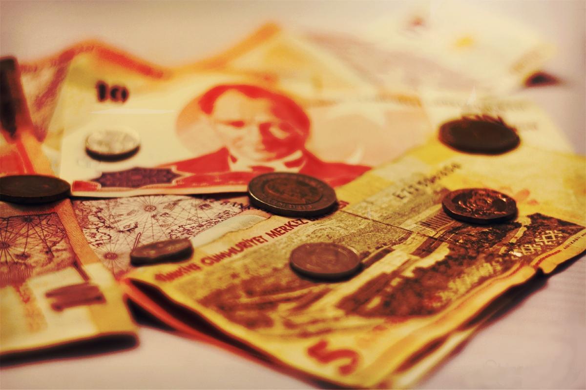 AKP, asgari ücrete zam yapamıyor