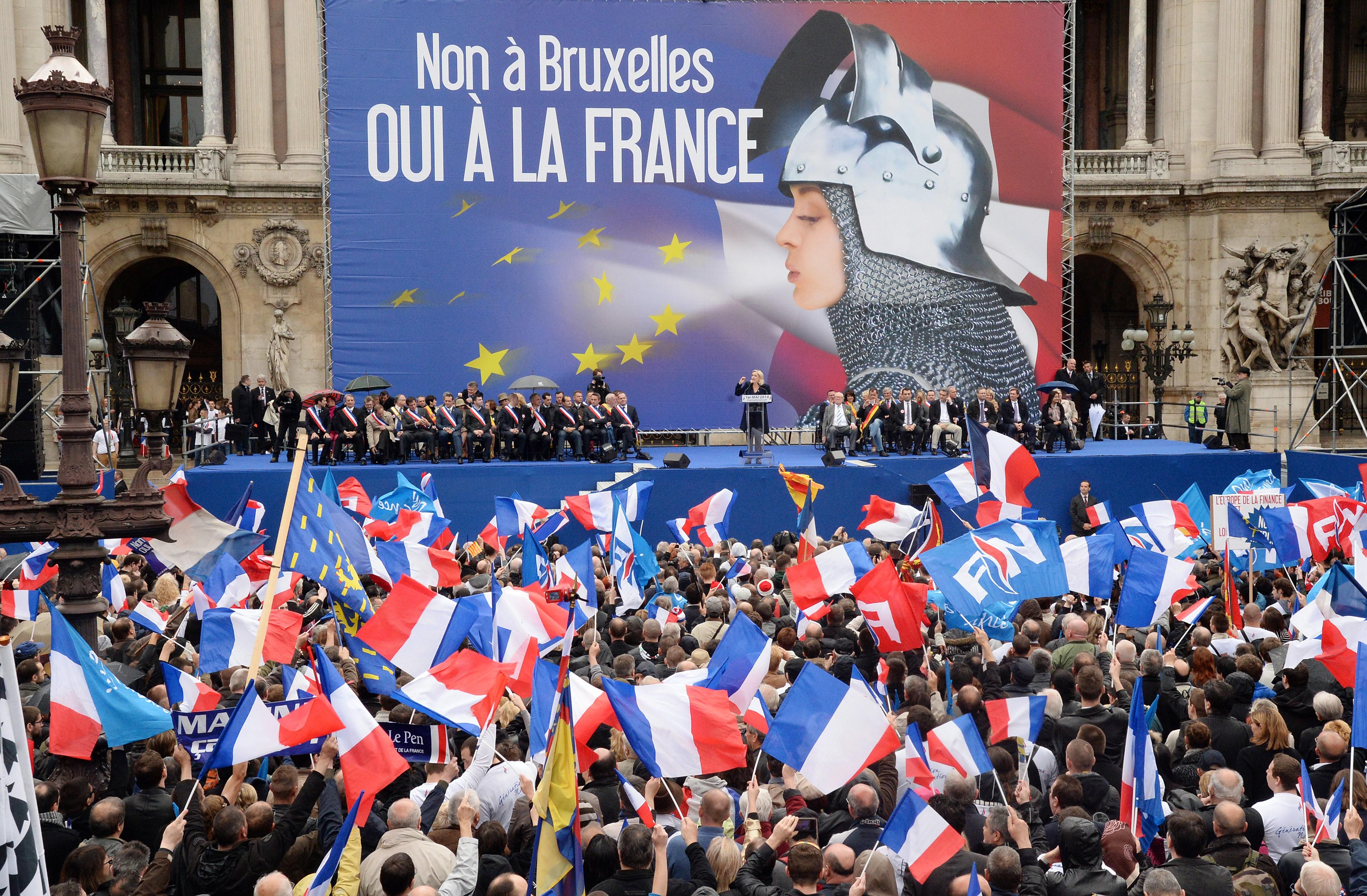 Fransa'da gençlik milliyetçi partiye kayıyor
