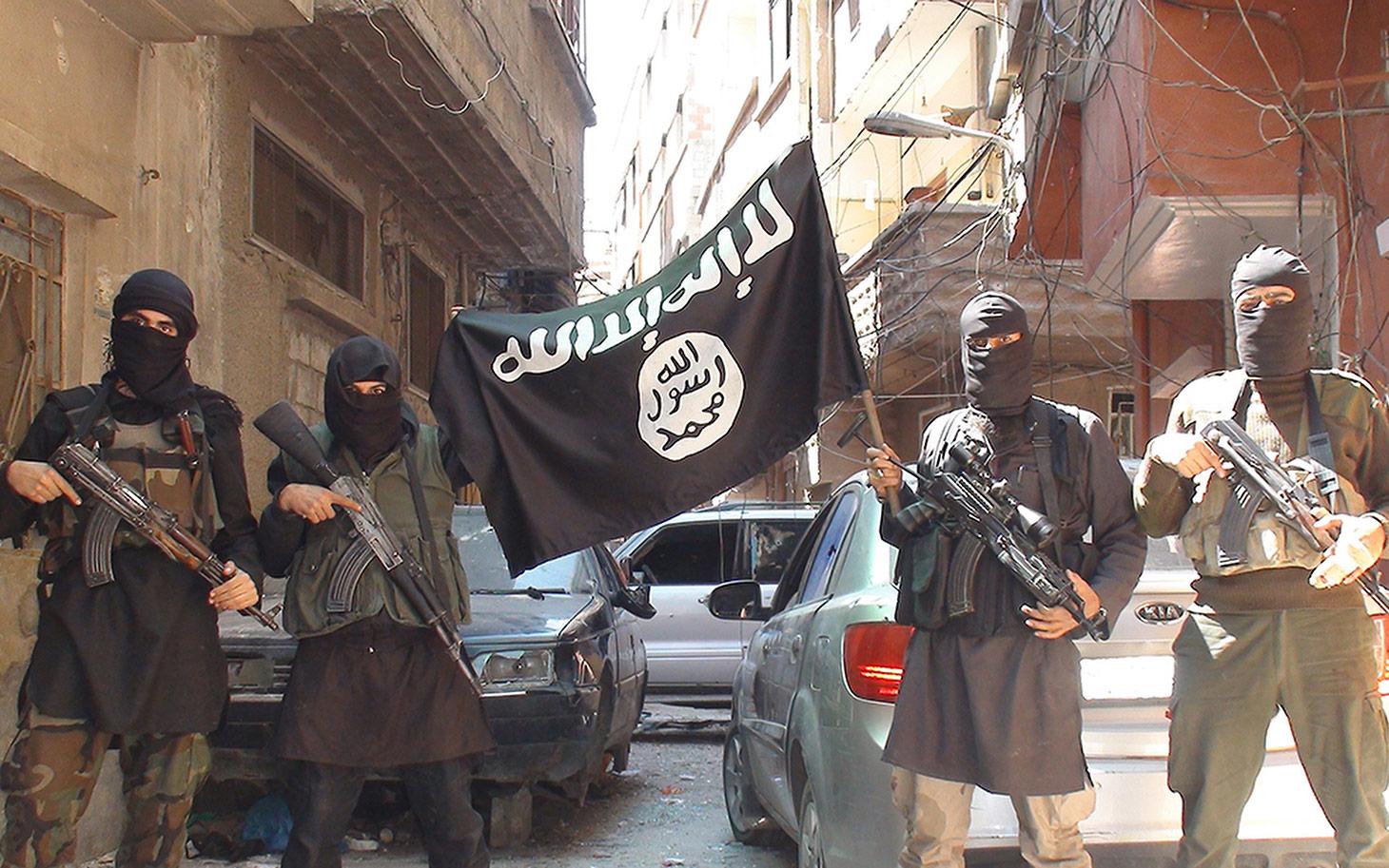 22 bin IŞİD'li teröristin bilgileri ele geçirildi