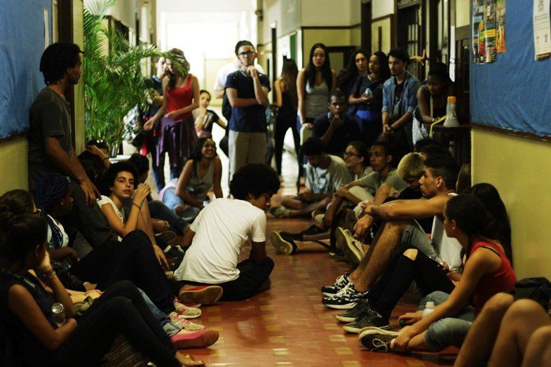 VİDEO | Brezilya'da okul işgalleri