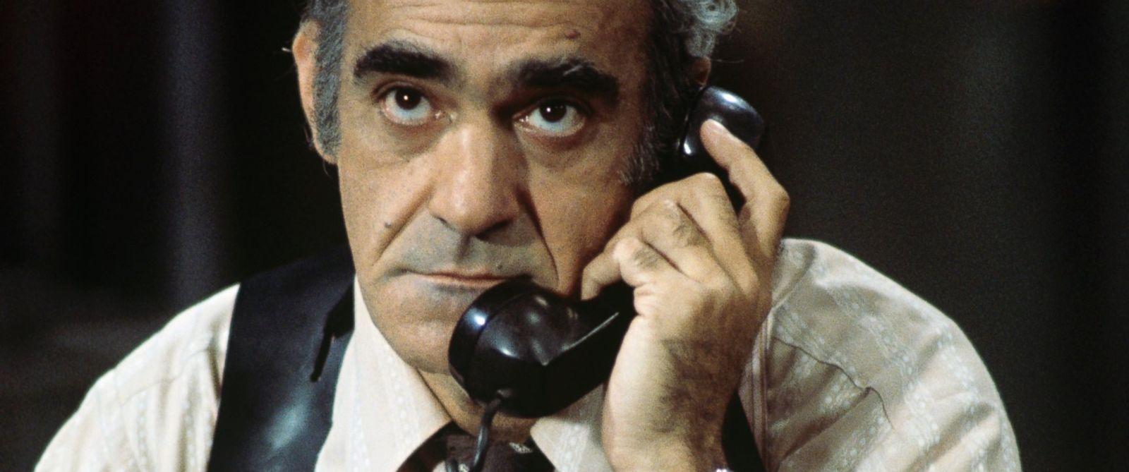 Baba filminin ünlü karakteri Abe Vigoda yaşamını yitirdi