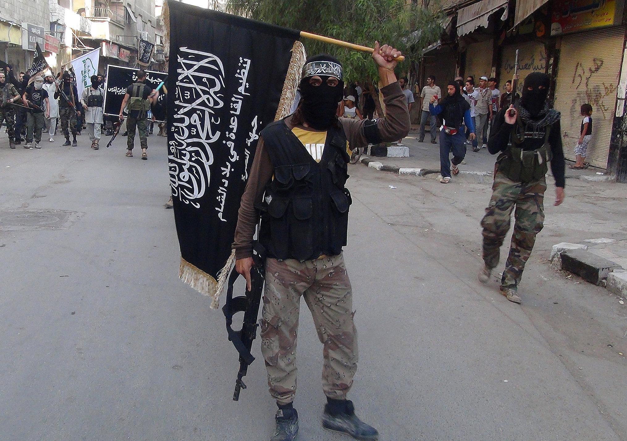 El Nusra'nın iki emiri öldürüldü