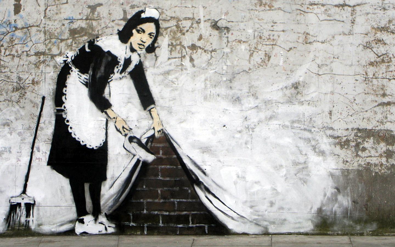 Erdoğan'ı sırtında para dolu çuvalla kaçarken çizen Banksy'nin sergisi İstanbul'da