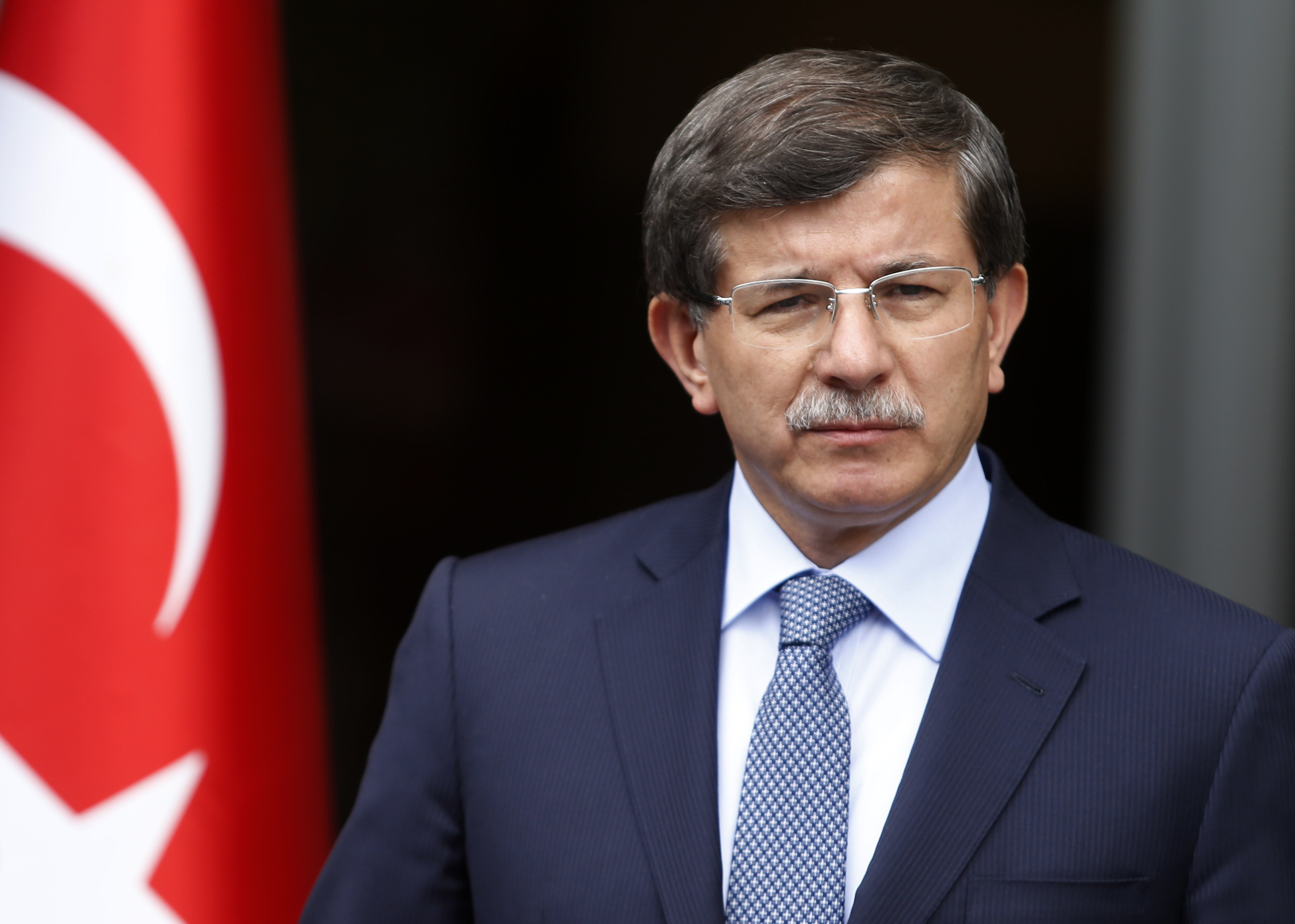 Davutoğlu'dan tehditlere devam: