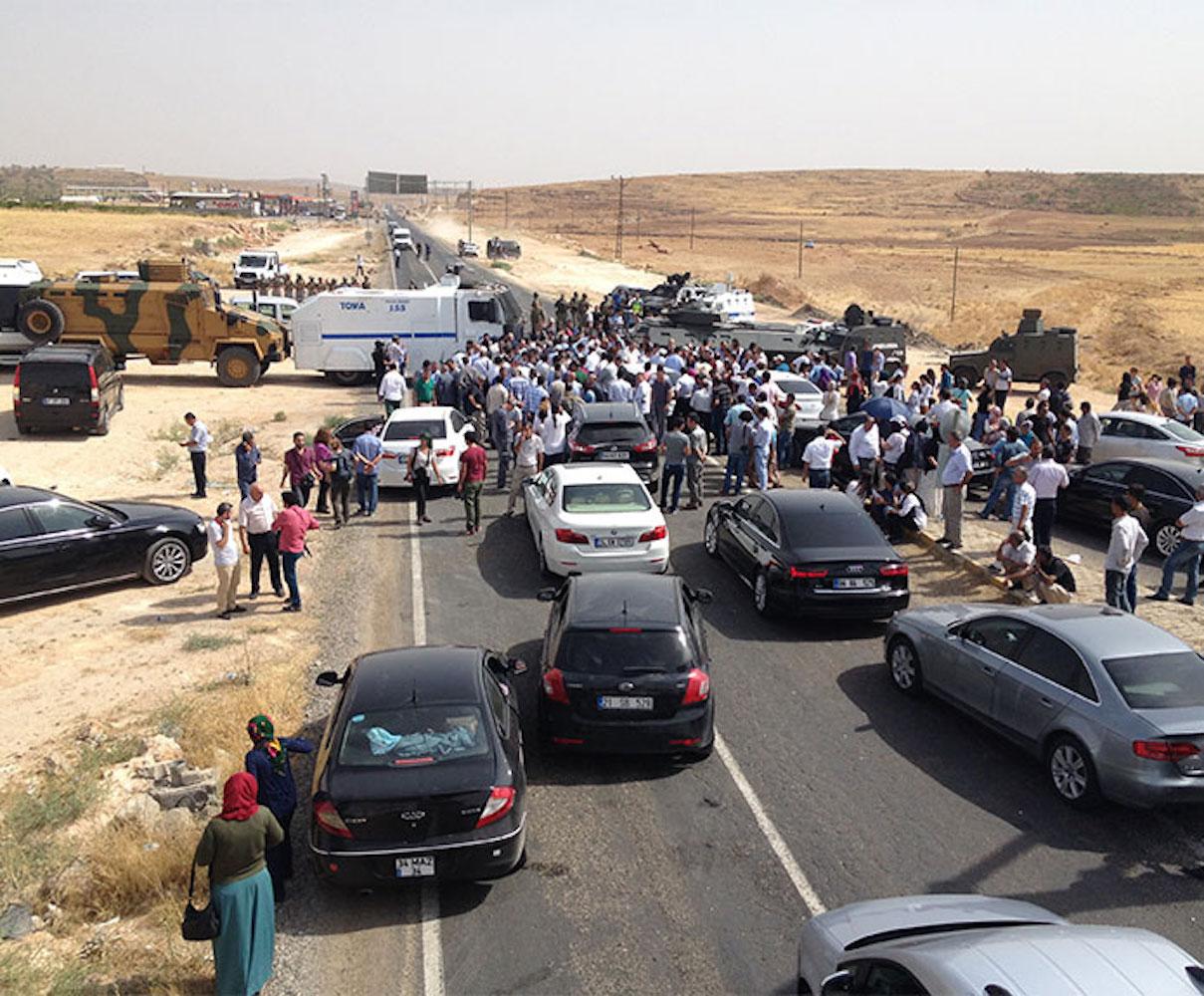 Cizre ve Silopi'ye gitmek isteyen HDP'lilere izin verilmedi