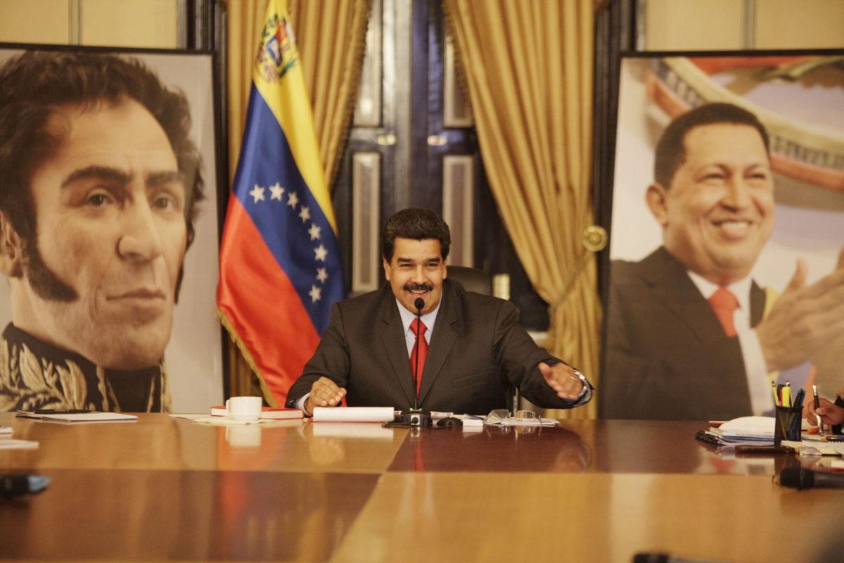 Venezuela'da muhalefet yasa ve yargı kararlarını tanımıyor
