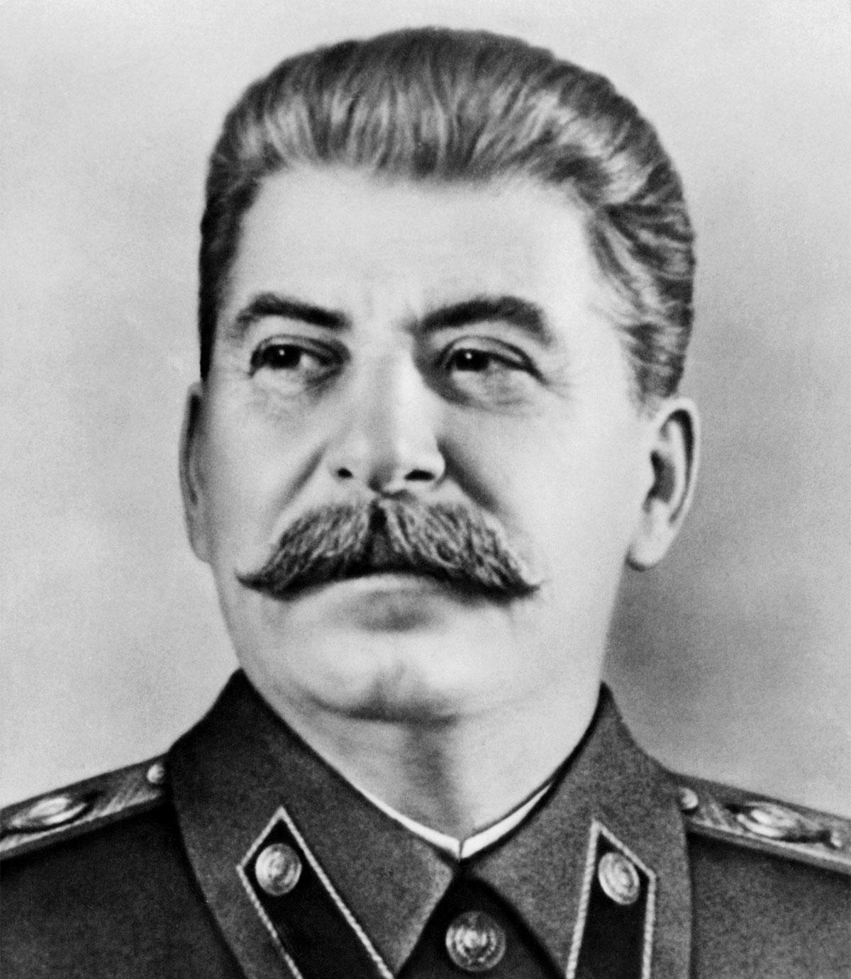 Rusya'da Stalin'in değeri daha fazla anlaşılıyor