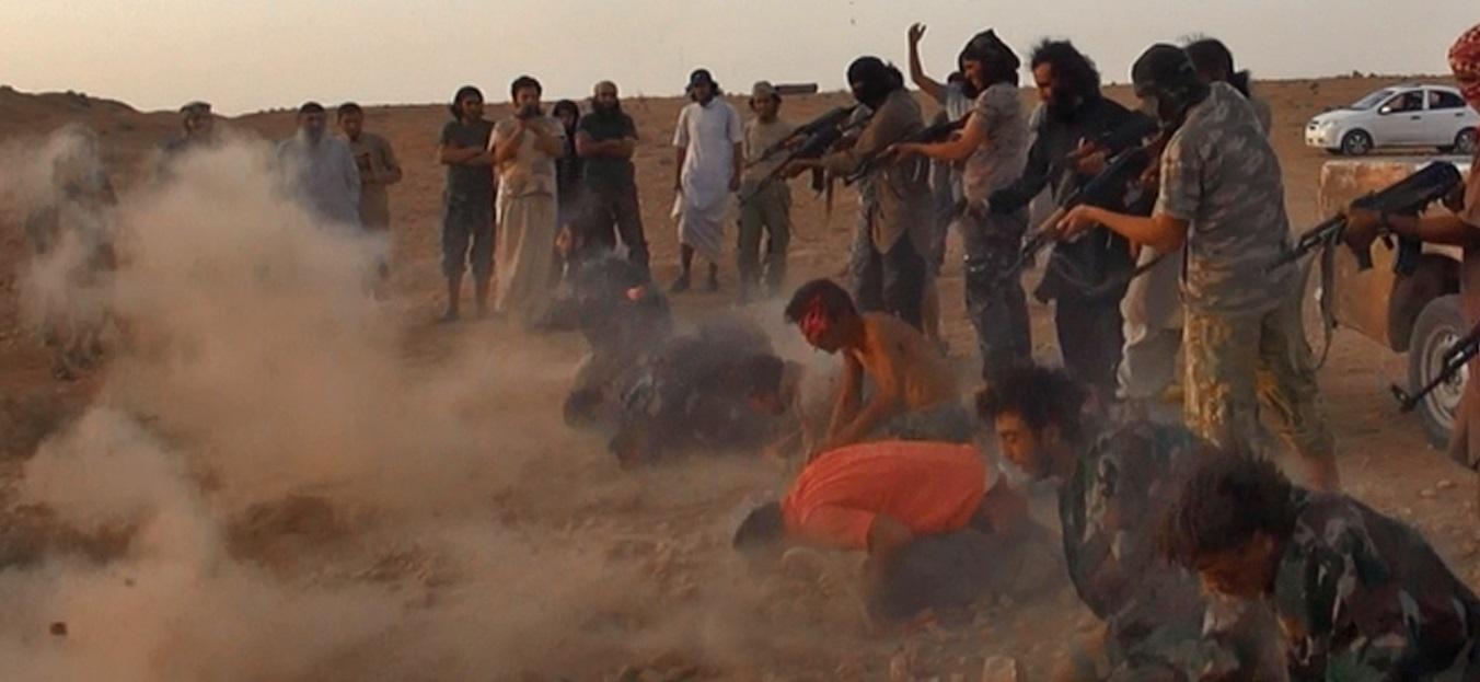 Dünyanın gözü önünde Suriye'de korkunç katliam: Çoğu kadın ve çocuk 300'e yakın ölü