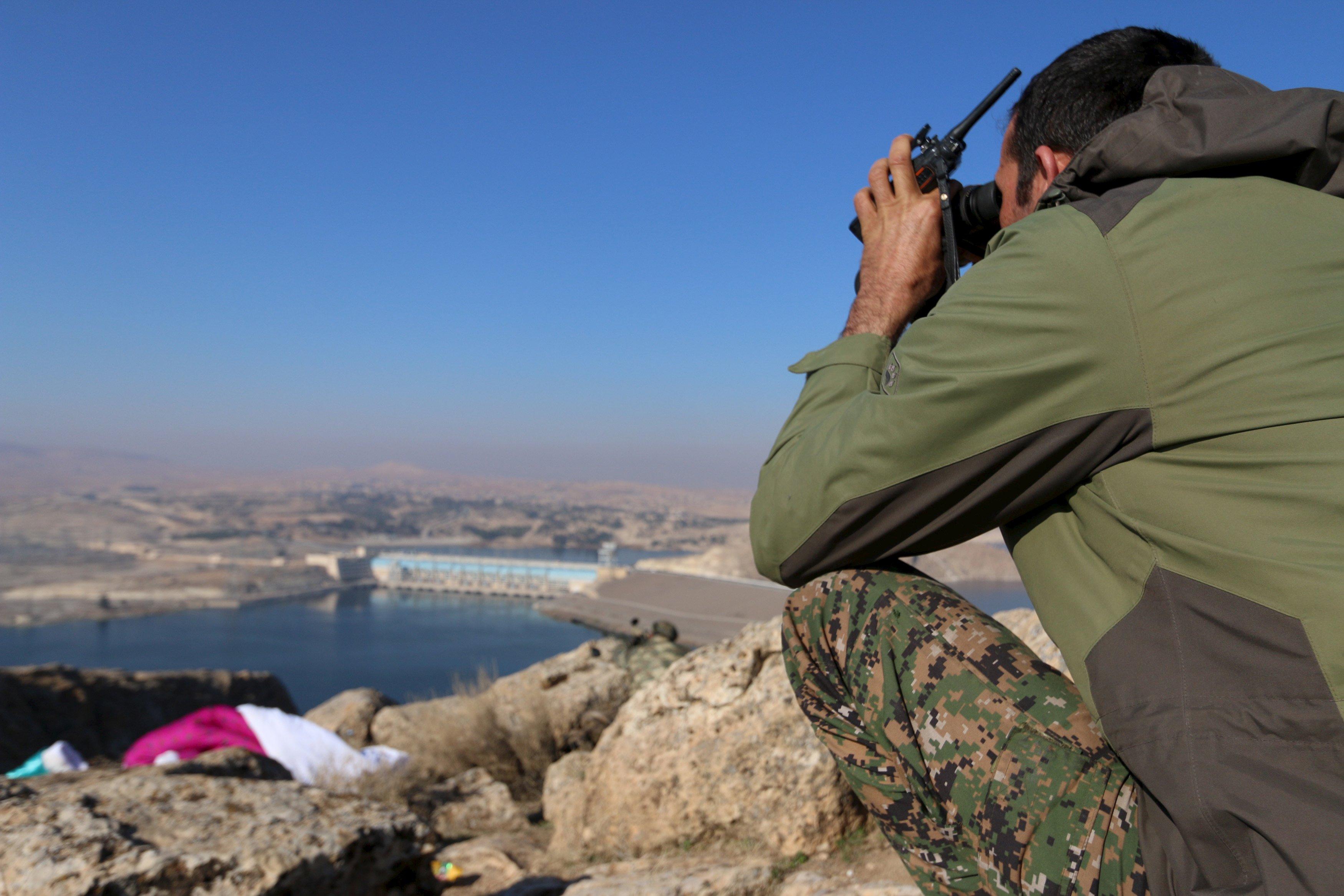 PYD, Fırat'ın batısına geçiyor