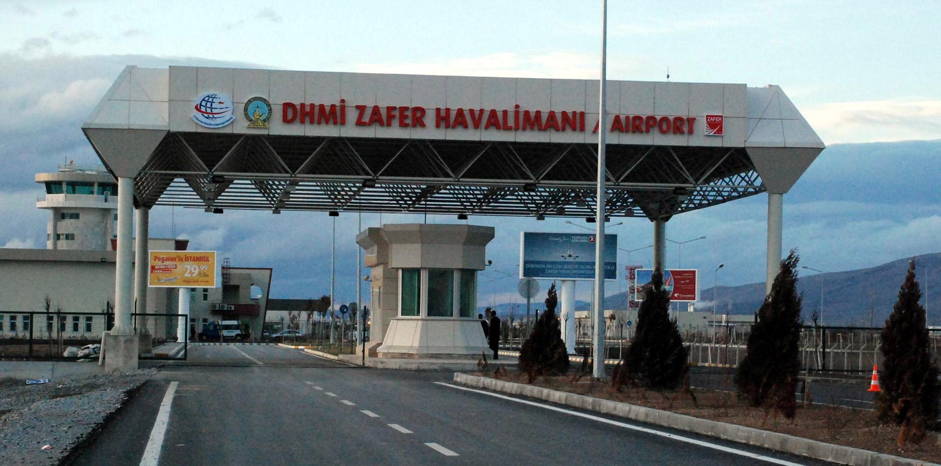 Peri masalı bitiyor: Havaalanları boş kaldı, uçaklarda tuvaletler paralı hale geliyor