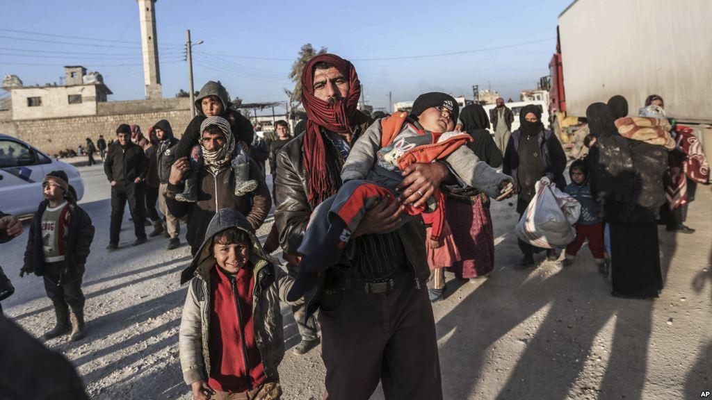 Türkiye, tampon bölge için sınırdaki 70 bin mülteciyi öldürtür mü?