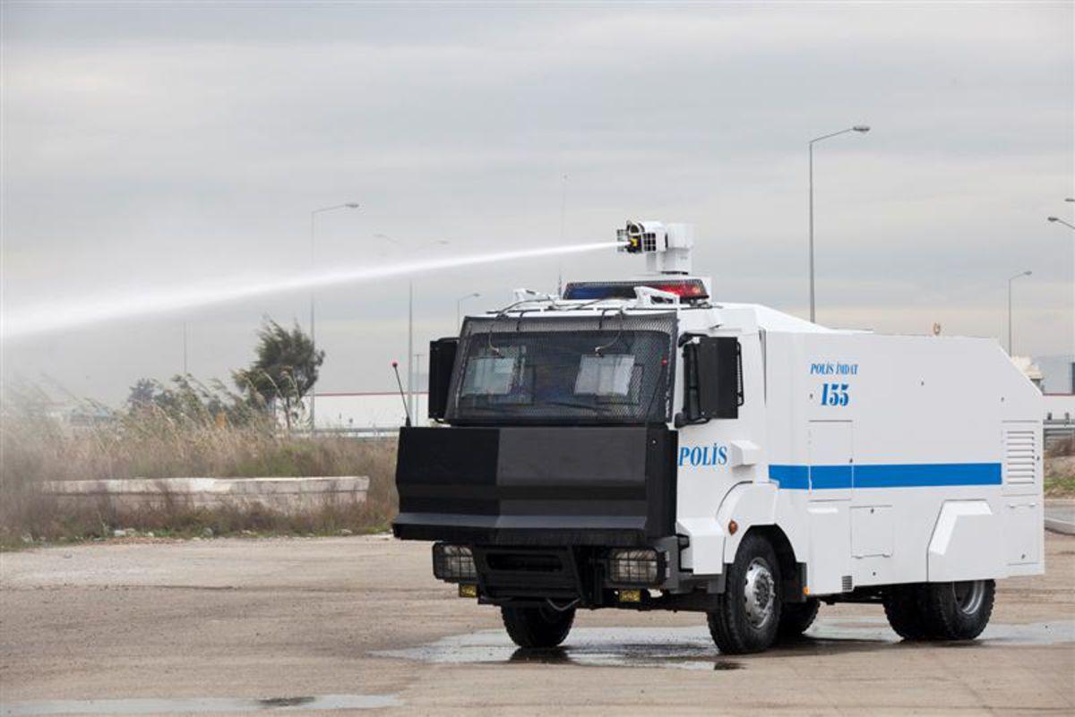 TOMA'cı AKP'liye şimdi de zırhlı araç rantı