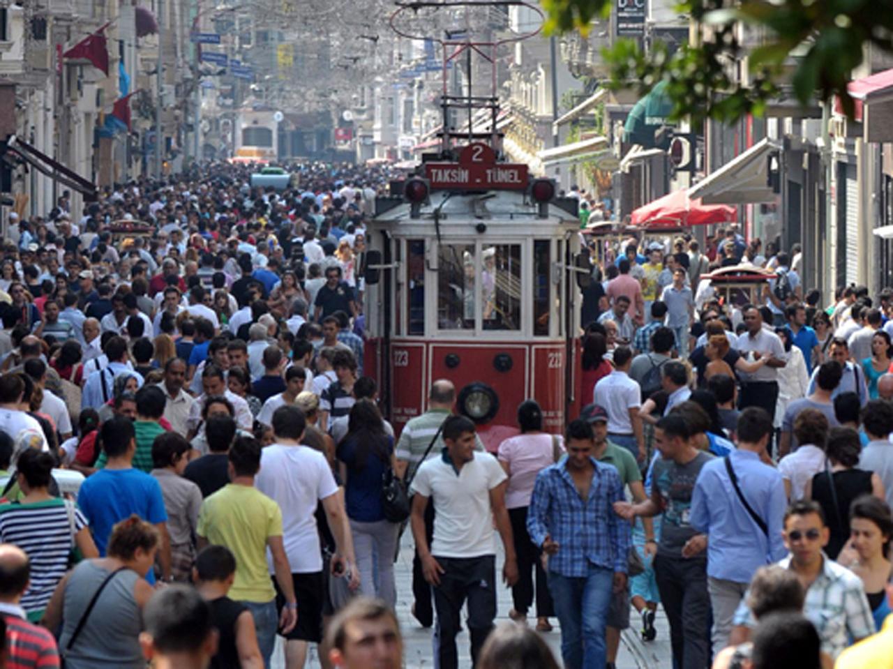 Türkiye'nin çarpıklığı: 8 kentin nüfusu İstanbul'daki hemşehrilerinden daha az