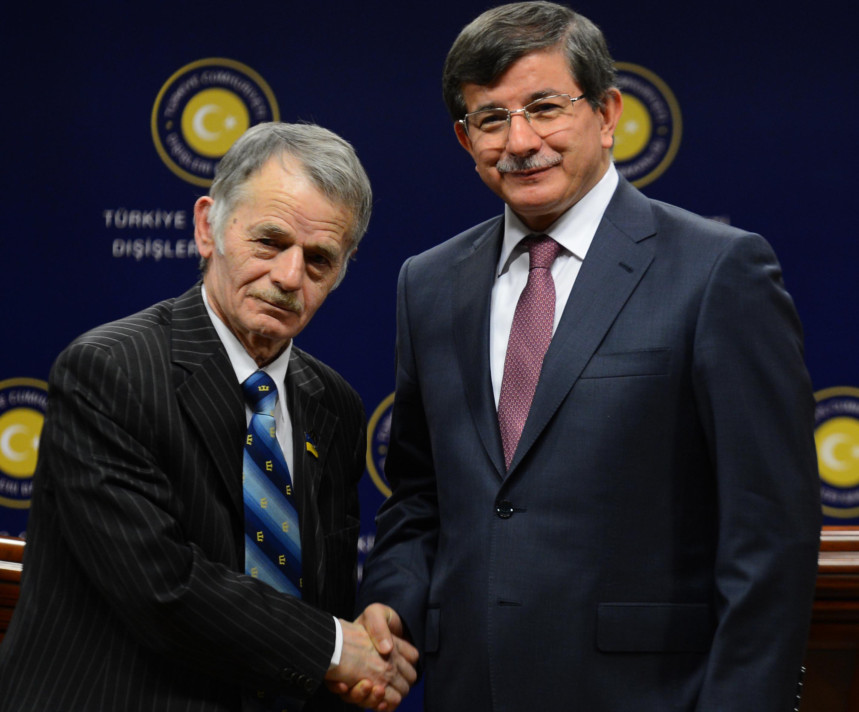 Davutoğlu şimdi de Ukrayna'da piyon olmaya soyundu: Sovyetler Birliği dönemi bitmiştir