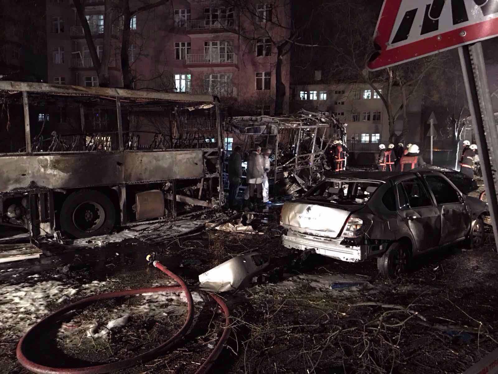 #Ankara'da bombayı kim patlattı?
