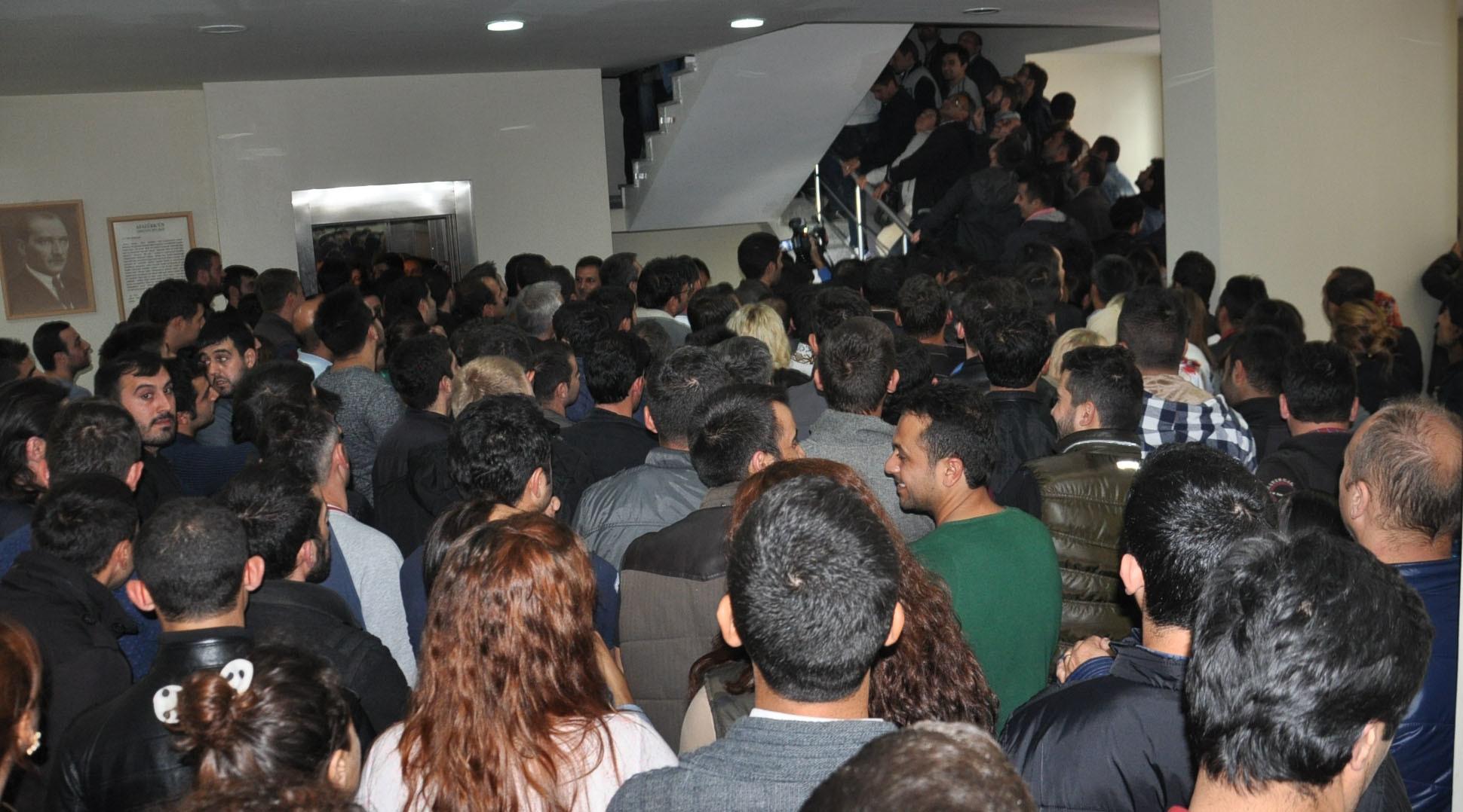 DİSK-AR: Gerçek işsizlik yüzde 17, işsiz sayısı 5.4 milyon