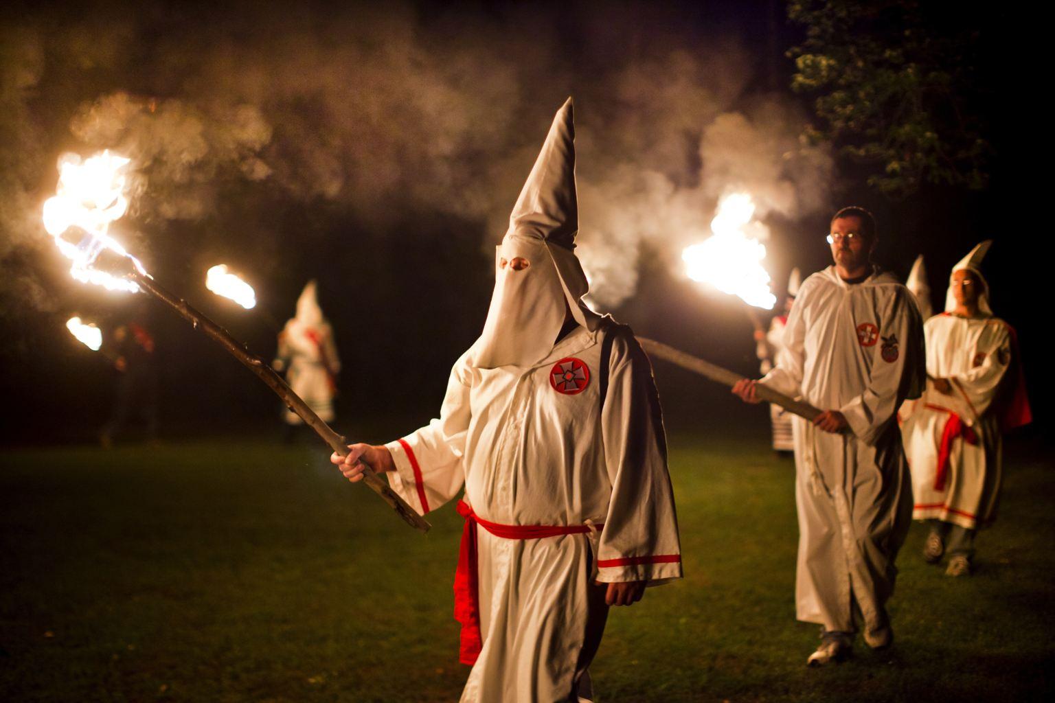 Ku Klux Klan'dan destek: Trump'a oy vermemek ihanettir