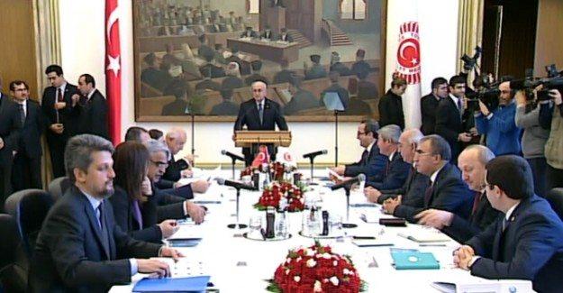 HDP: CHP'nin dayatmacı pozisyonu komisyonu kitledi