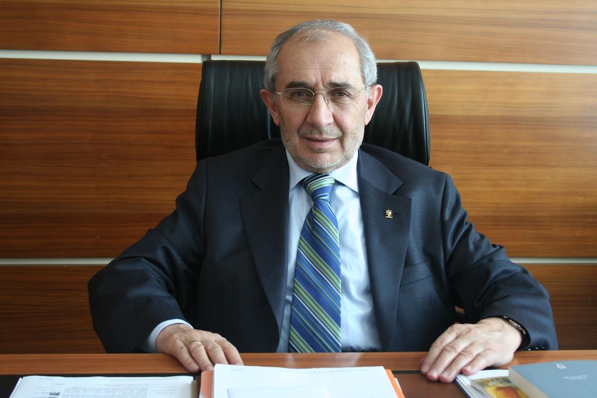 AKP Genel Başkan Yardımcısı'nın akrabası çıtayı yükseltti: Bu kez Vali ve Emniyet Müdürü sıraya dizilecek