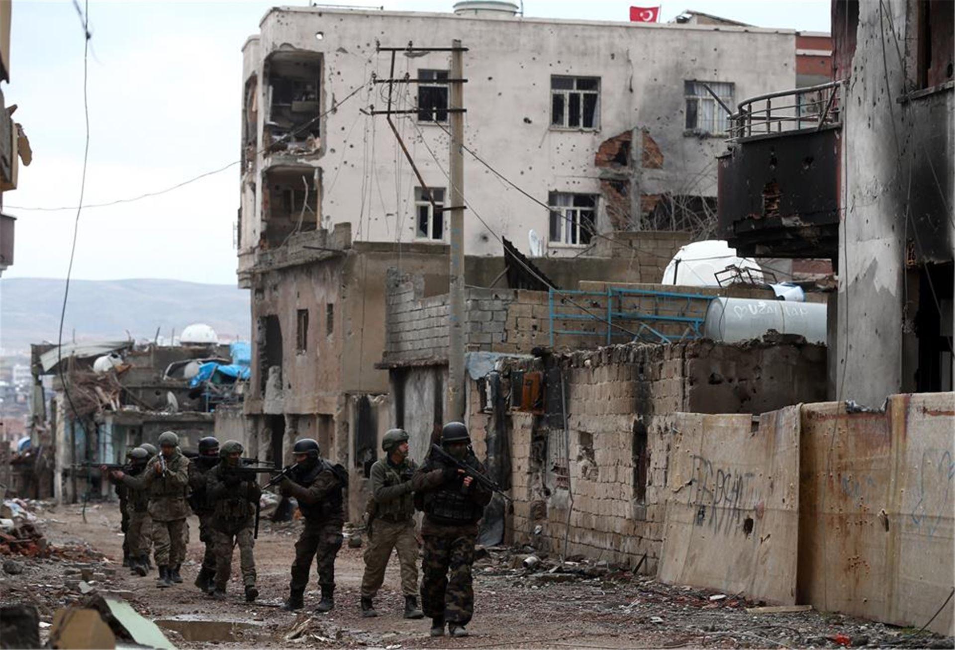 Cizre'de ne oldu?: TRT Cizre'de yapıldığını duyurduğu operasyonun haberini geri çekti