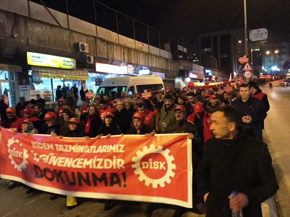 İşçiler Kartal'da kıdem tazminatı için yürüdü