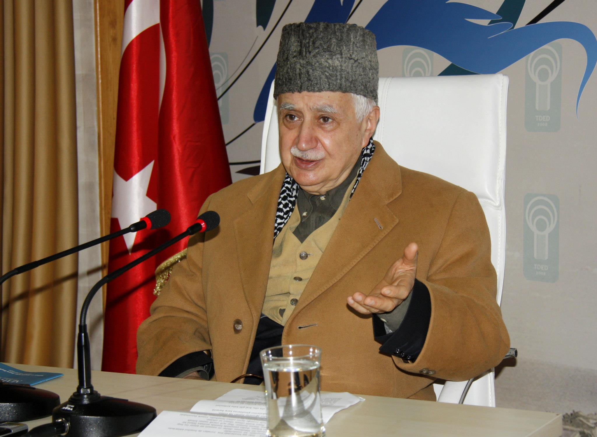 Mehmet Şevket Eygi: Fahişe kıyafetiyle gezip tecavüze uğrayanlara lanet olsun