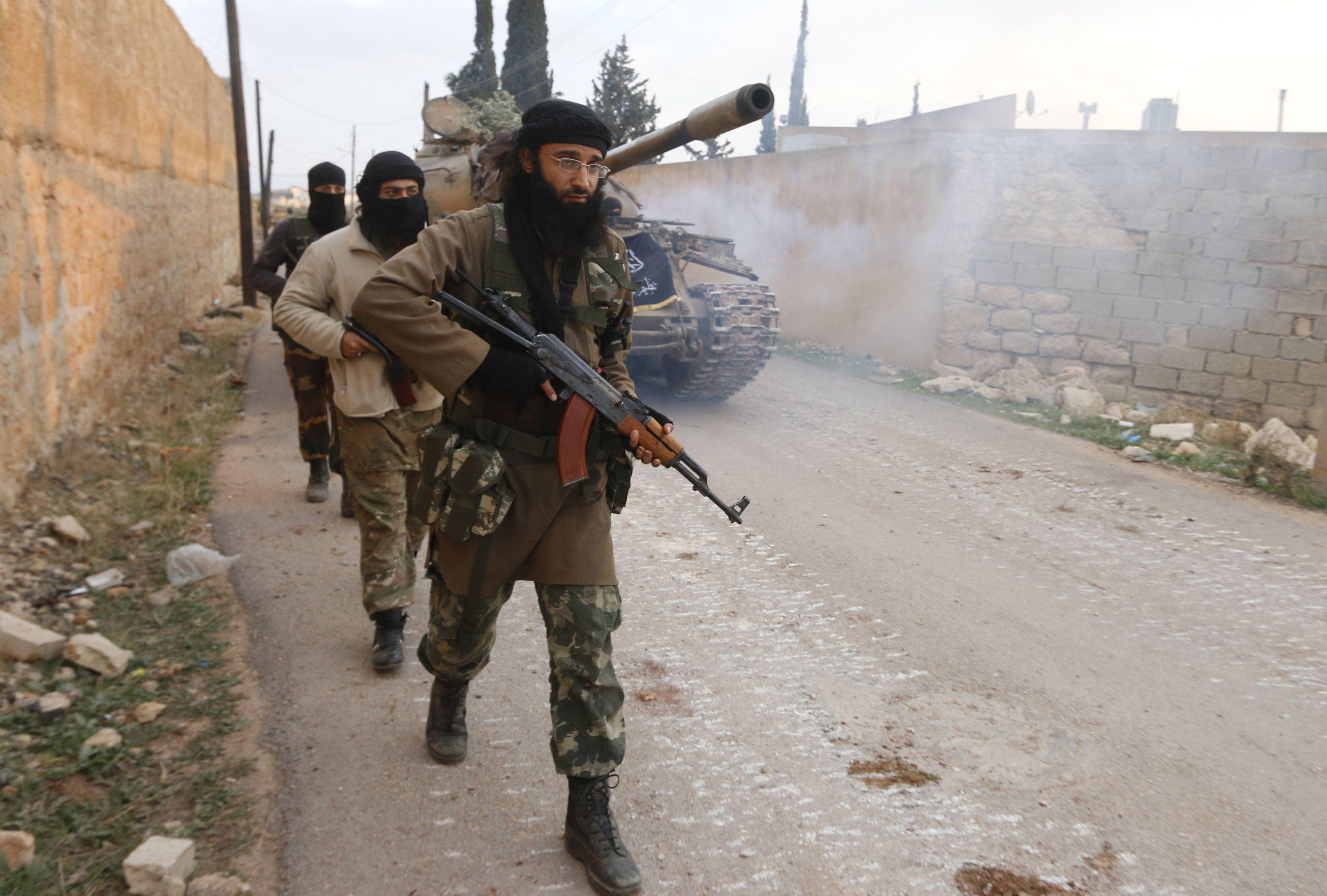 ANALİZ | YPG kiminle birlikte: ABD mi Esad ve Rusya mı?