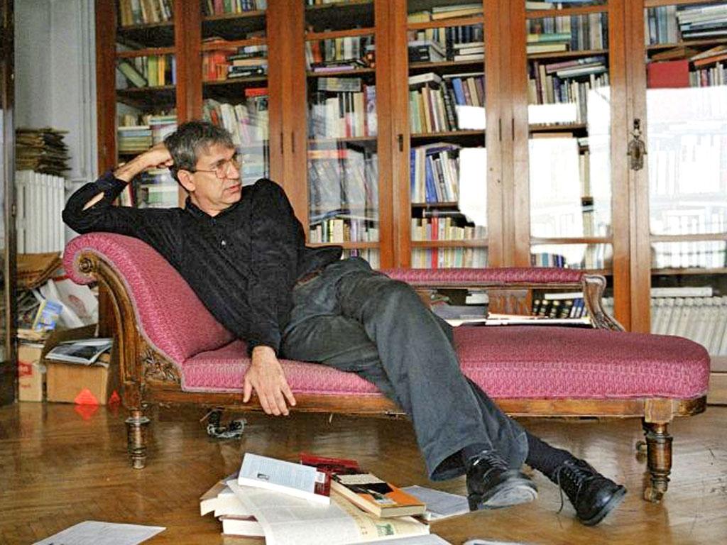 Orhan Pamuk utanmıyor