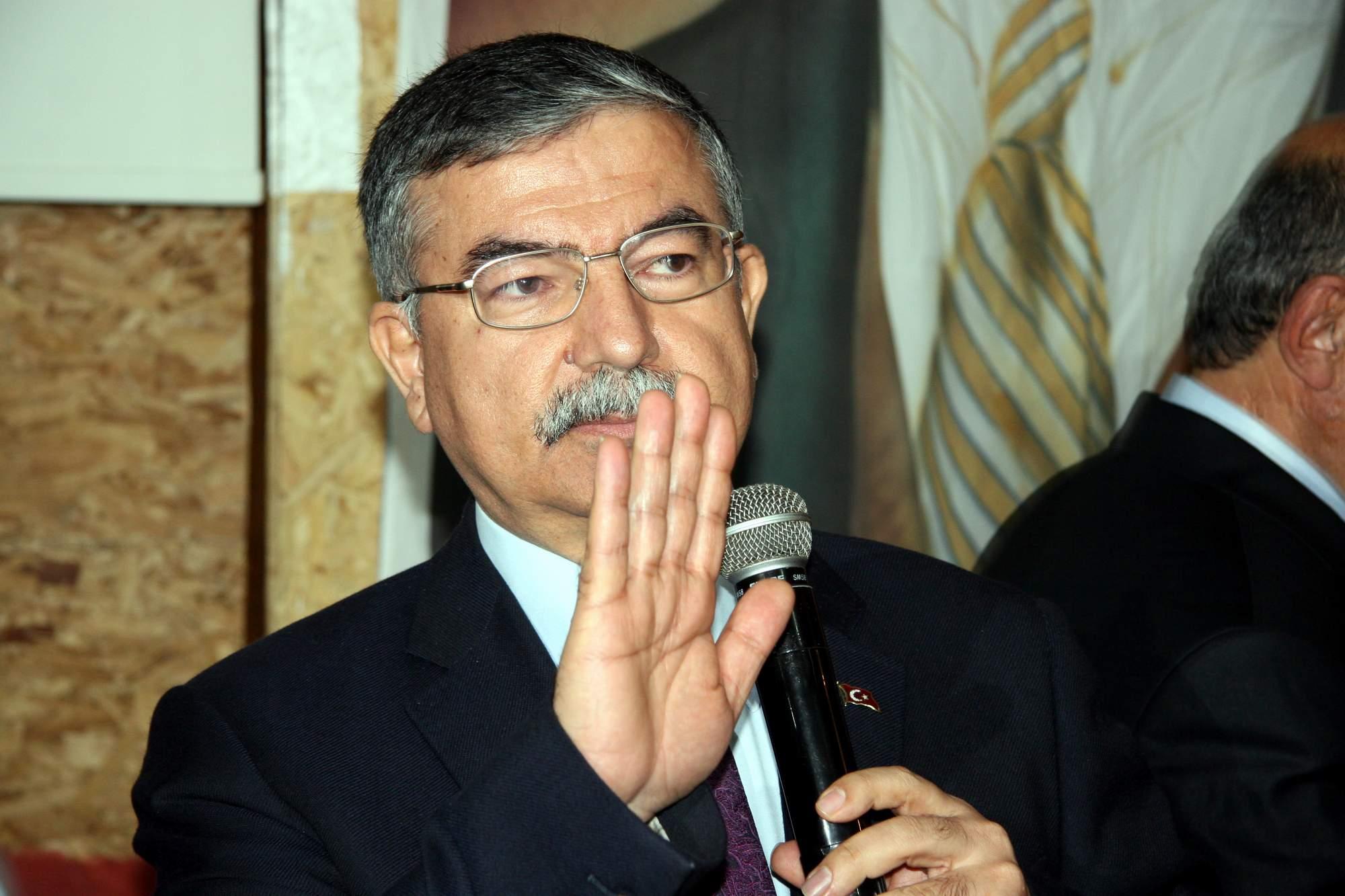 Savunma Bakanı: TSK savaşa hazırdır