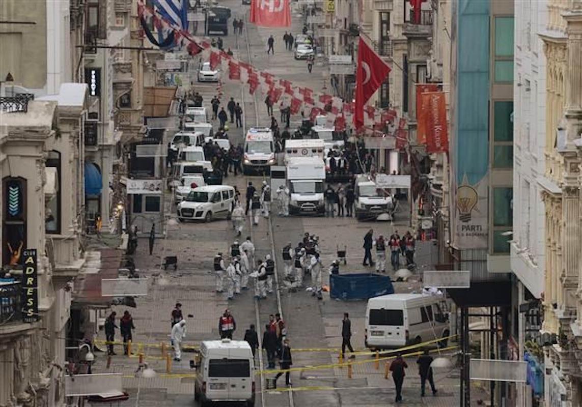 #Taksim saldırısında hayatını kaybedenlerin kimlikleri açıklandı